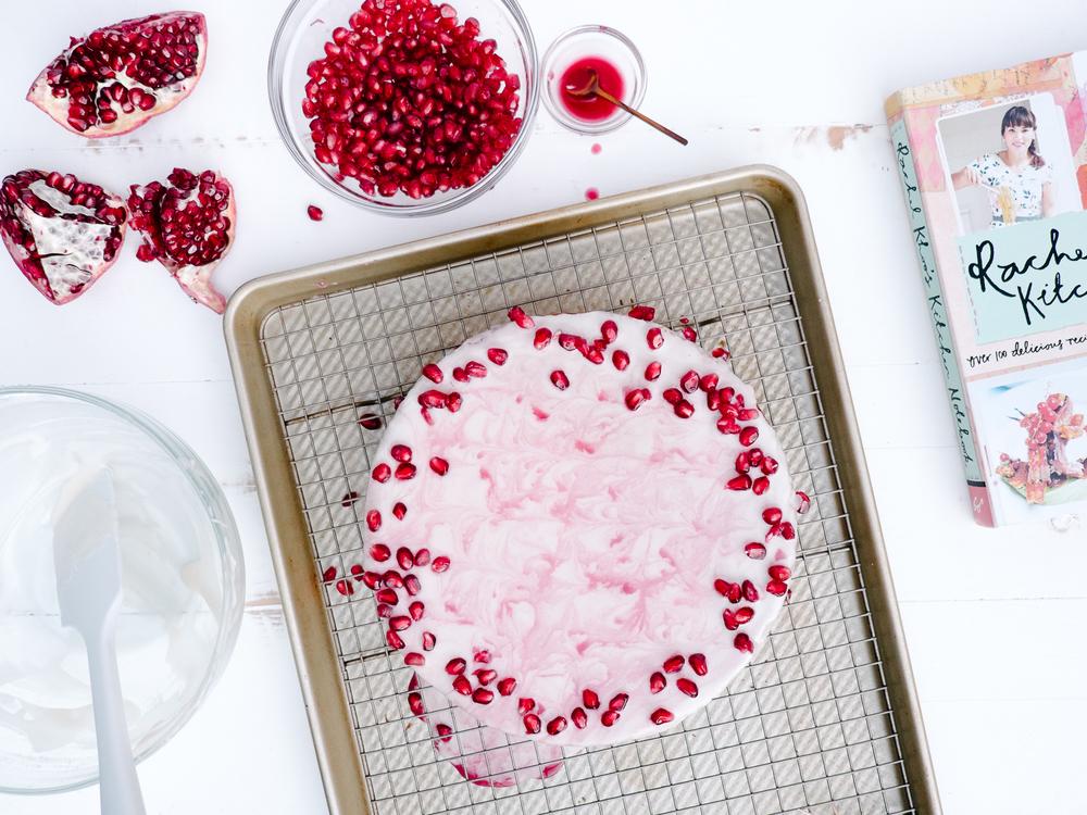 pistachio-pom-cake-7.jpg