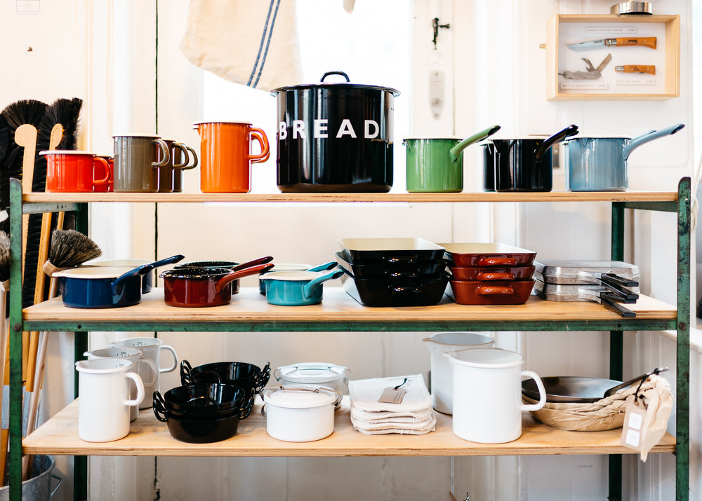 Riess Enamelware at Labour and Wait