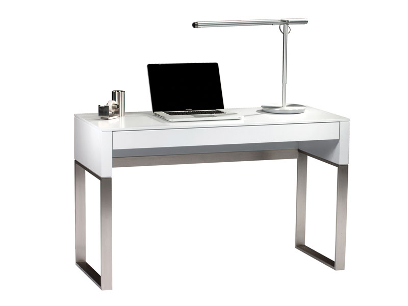 CASCADIA  ® CONSOLE/LAPTOP DESK 6202    Overall Dimensions:    29.25H x 47.75W x 19.25D in   75H x 121W x 49D cm