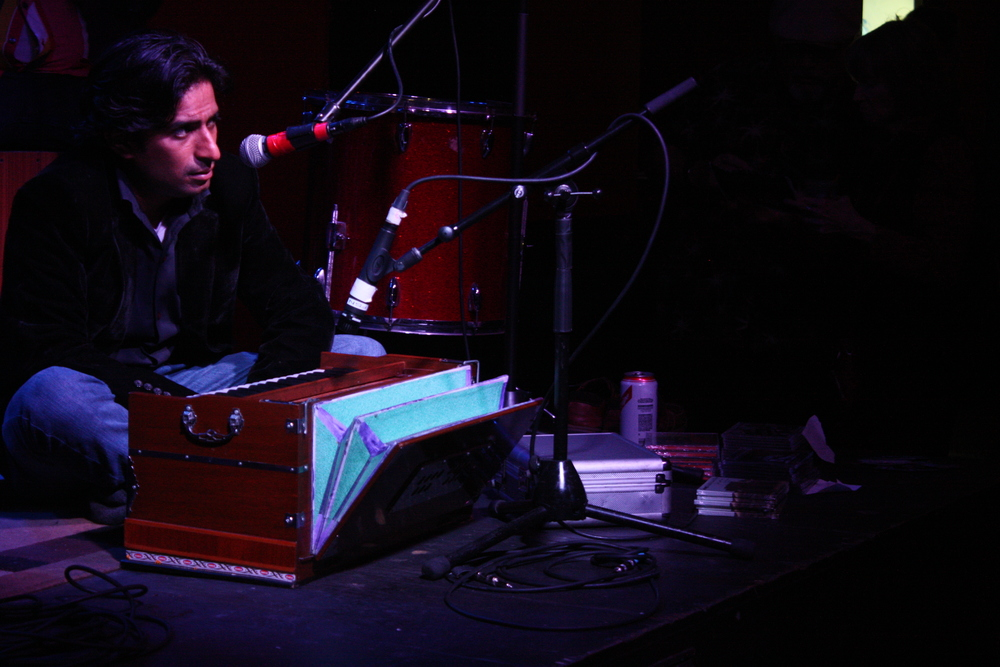 PAKISTANI singer IRMAN FIDA at the OPEN EARS music series last night at the BLUE NILE.