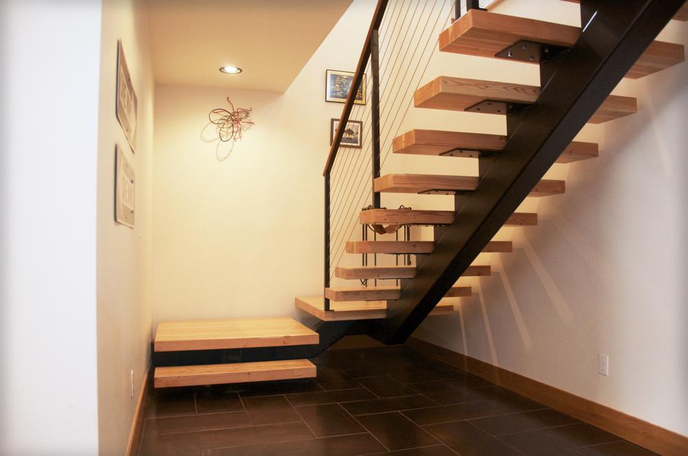 StairsBottom.jpg