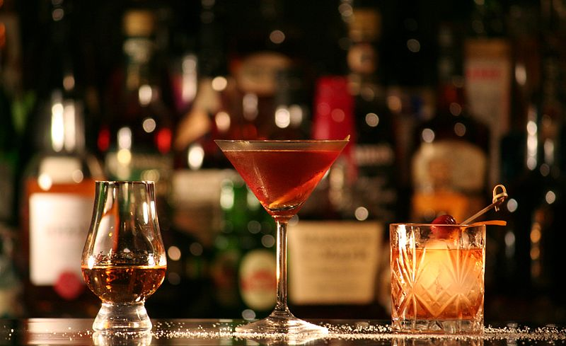Dinner and Drinks Maybe a cozy night with a great cocktail is more up your ally. Here are a few of my favorites.  The Ore House Olio The Bookcase and Barber