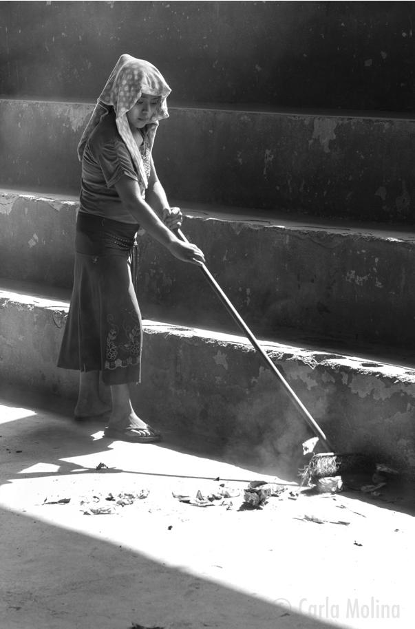 7. Girl Sweeping-9910_WEB_NO FRAME.jpg