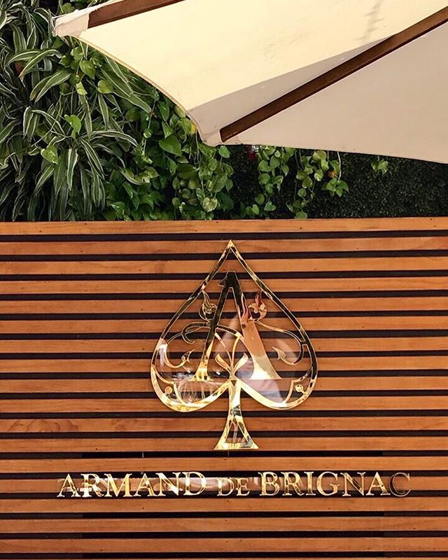 Custom laser-cut gold plated #AceofSpades sign designed and built for the infamous @seaspicemia DJ booth ♠️⚜️ @armanddebrignac