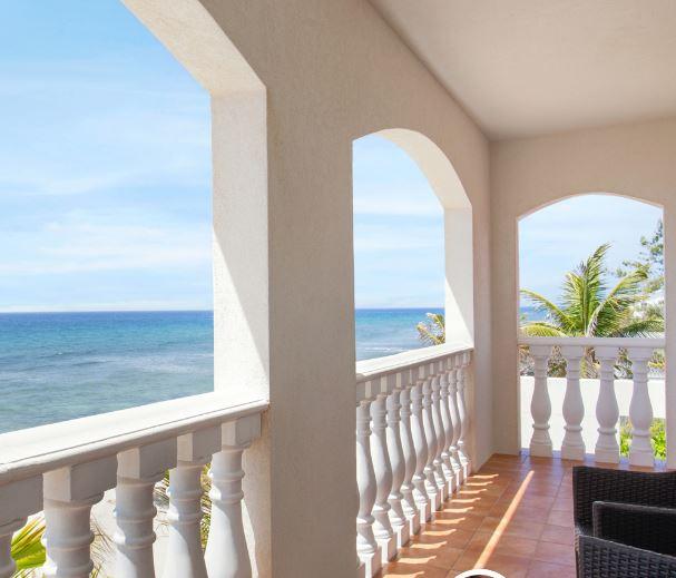 Le Soleil Balcony.JPG