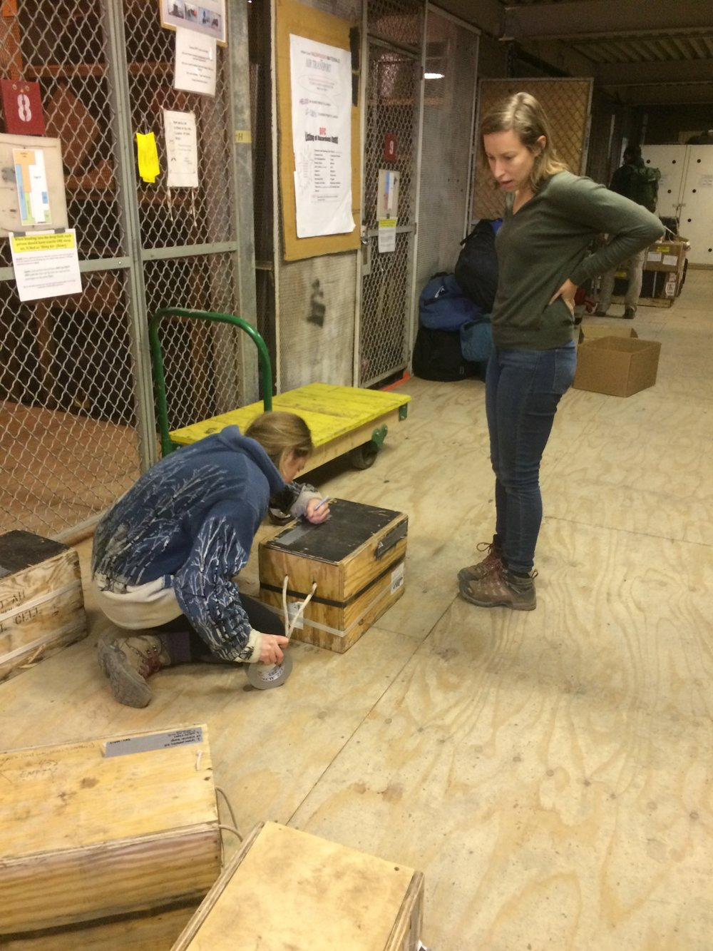 Emilie and me packing and labeling boxes in the Science Cargo Center
