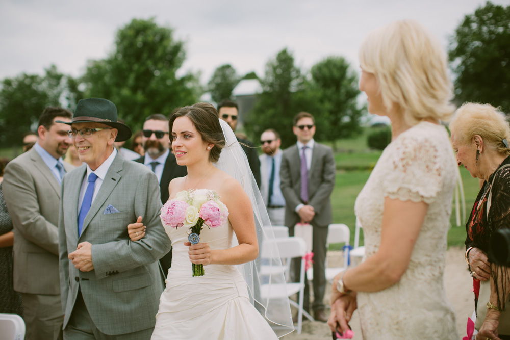 Melissa-Sung-Photography-Toronto-Wedding-Photographer-Outdoor-Private-Estate-Wedding021.jpg