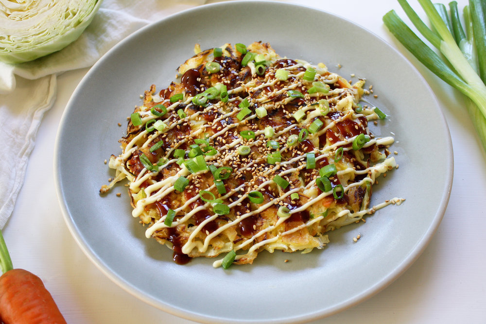 2closeupokonomiyaki_secondaryphoto.jpg
