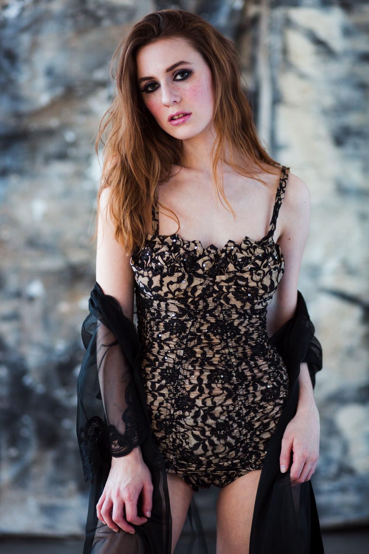 Andrea_Empress_Vintage_59A4000.jpg