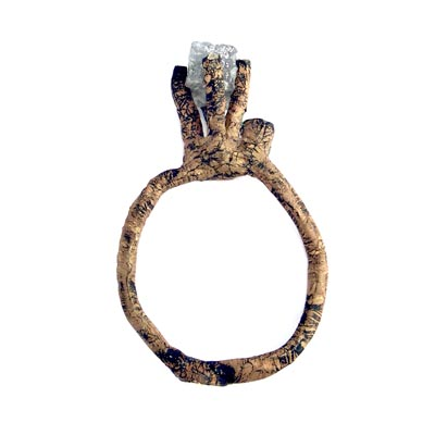 WOOD-ring met knoepert kubus diamant