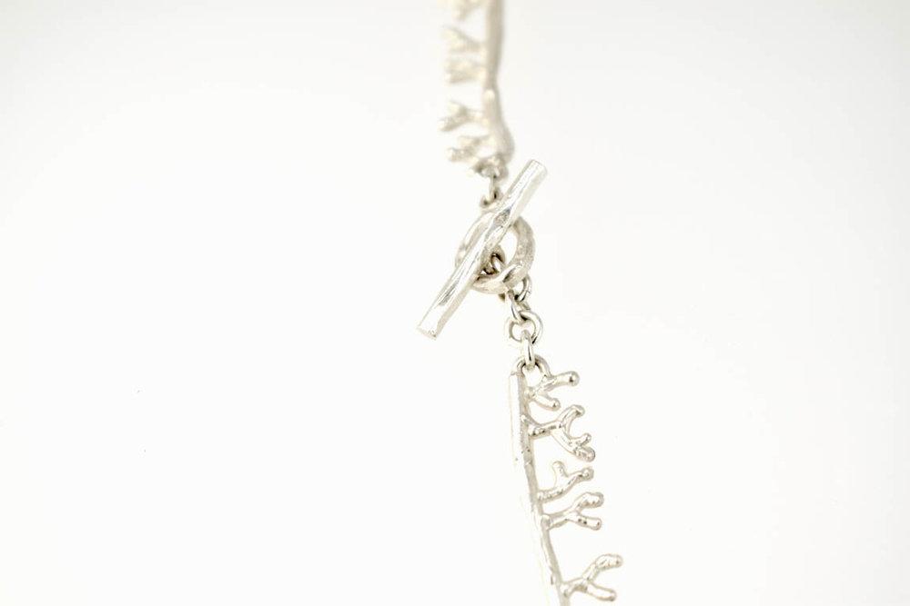 coral-necklace-lock-kappitel-ag.jpg