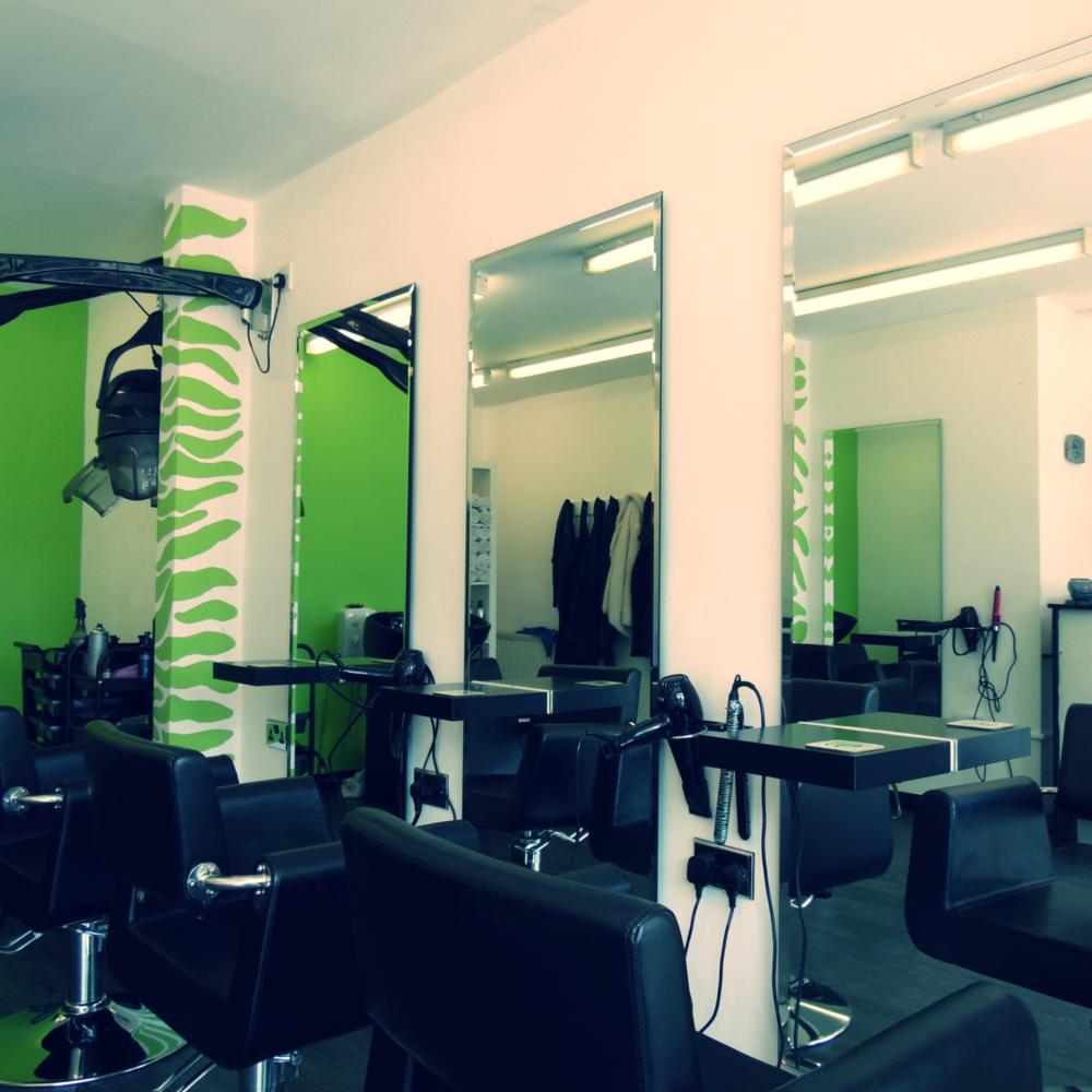 Inside Birmingham Hairdressers Salon Le Bon