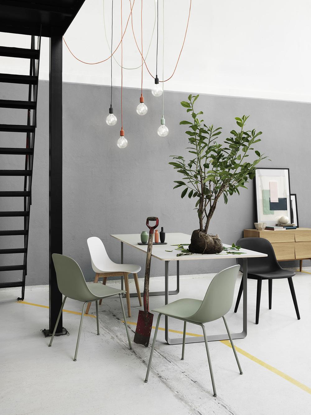 Muuto tafels en stoelen in verschillende opties