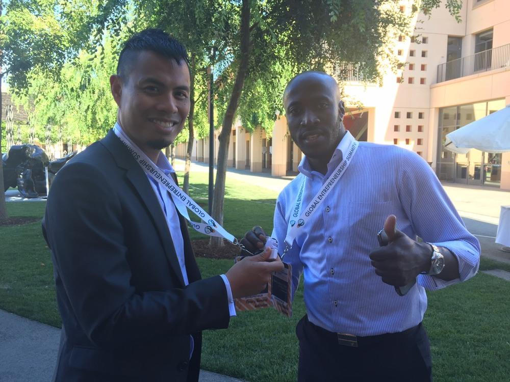 Paolo deGuzmanと日本を拠点に非営利活動法人の代表理事をされているHenry-Jackson TEBOさん
