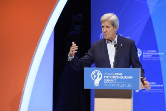 GEO2016オープンセレモニーのJohn Kerry(Image credit: L.A. Cicero)