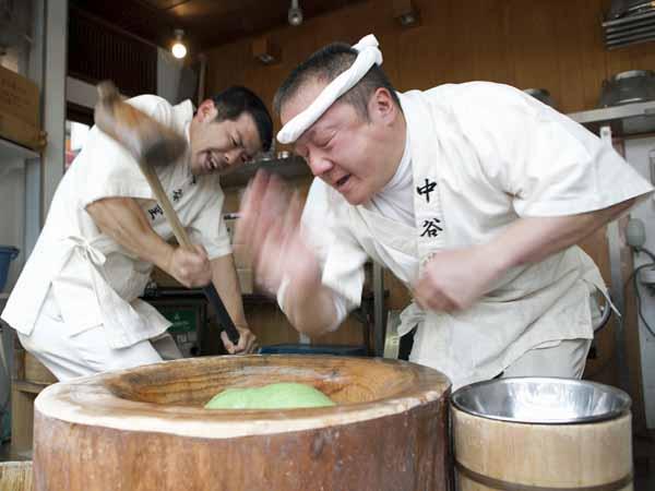 www.nikkei.co.jp
