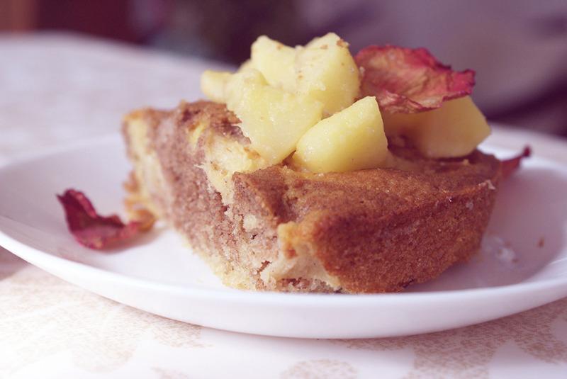 gateau-pommes-cannelle-sans-gluten-3.jpg