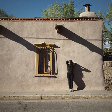 Annalee, downtown Santa Fe, May 2016 ©DH Bloomfield