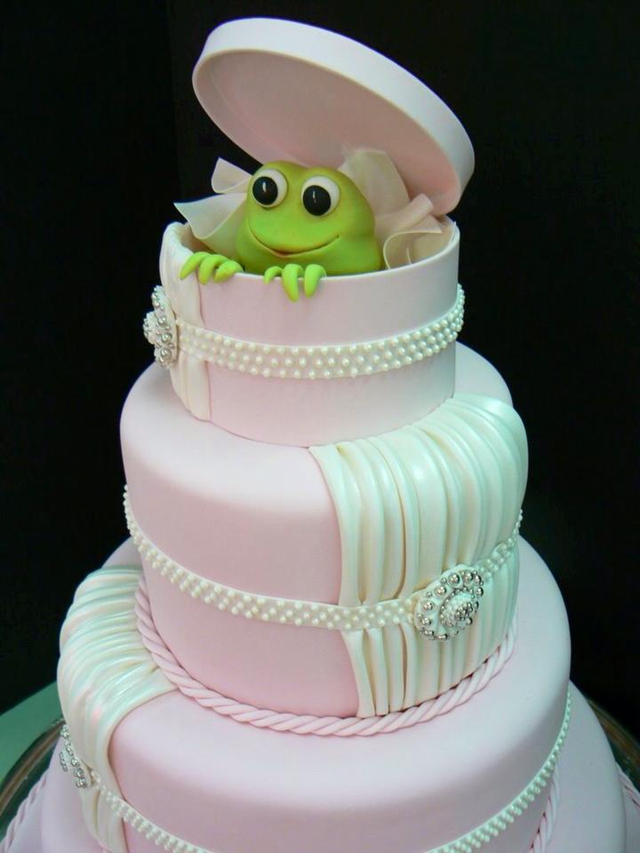 engagement cake 2.jpg