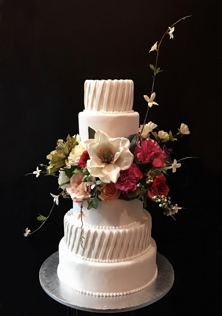 Diagonal basket weave wedding cake.jpg