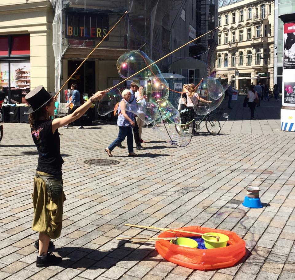 Bubble maker at Alexanderplatz