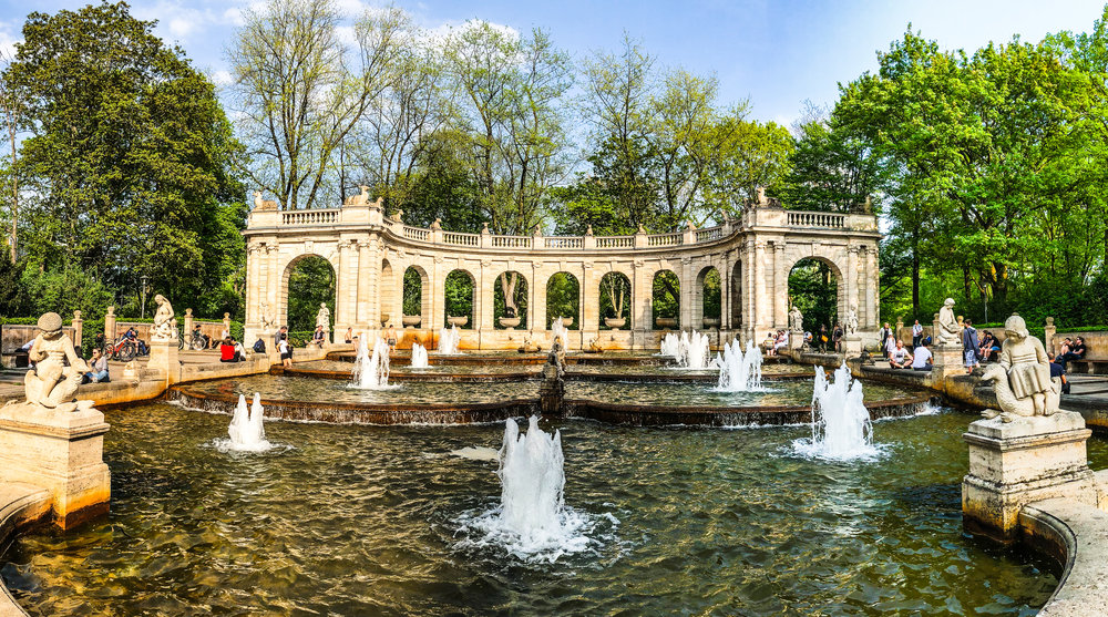 Volkspark fountain.