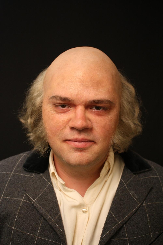 Johan-fringe wig front.JPG