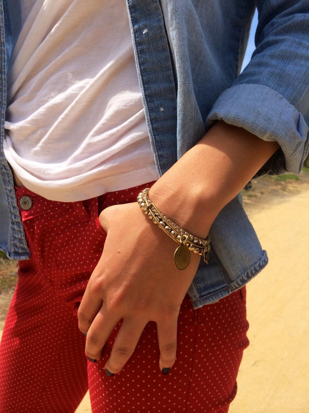 Alex & Ani Bracelets:  www.reeds.com