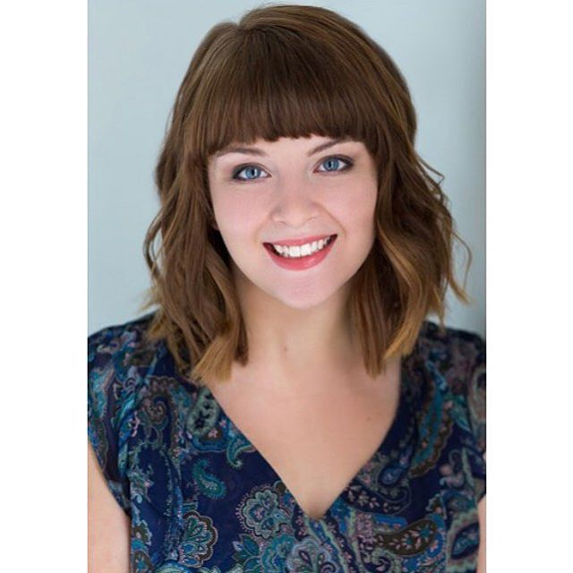 @alexischiara is not only so sweet but she's a talented loan officer with Guild Mortgage.  I loved working on her for her headshots with @angelicaowensportrait .  #businesswoman #kindandsmart #youngprofessional