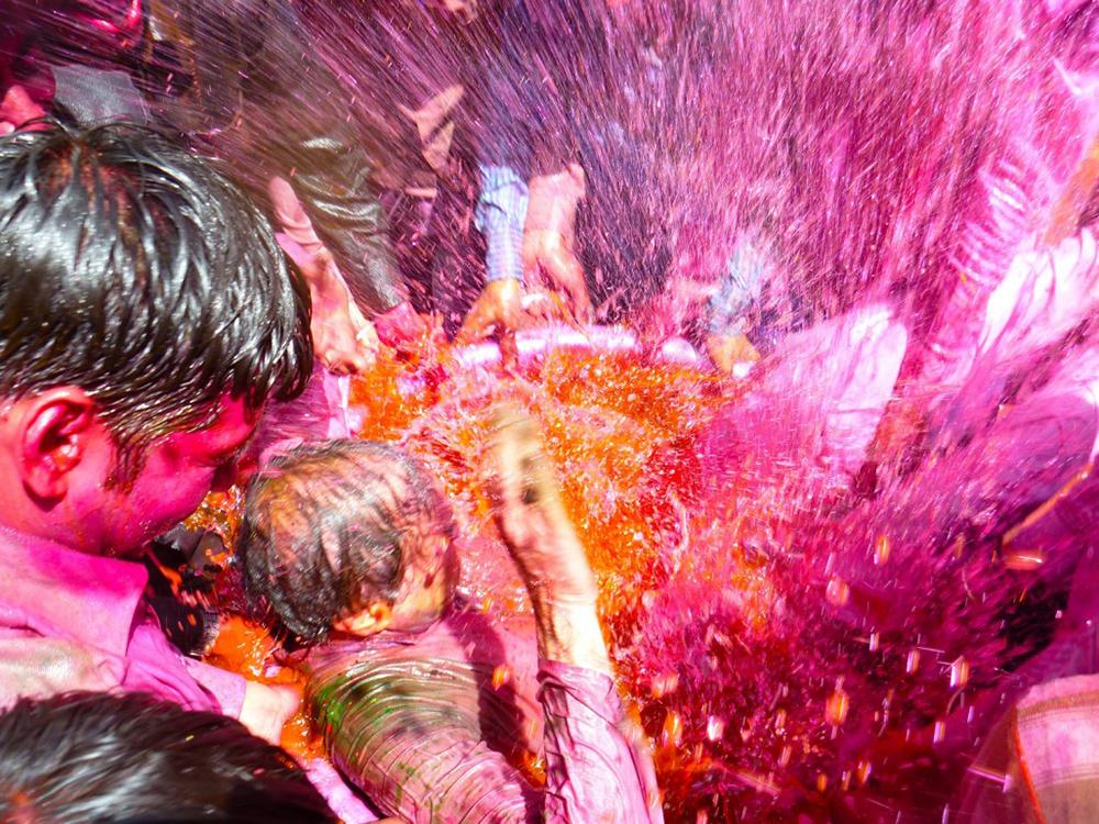 FestivalofHoli sabine_1026_770_resize_90.jpg
