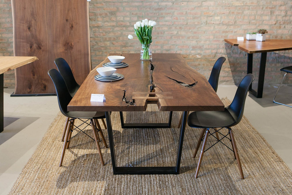 Give a tree a second life and put a piece of nature in your home. Find your table today.