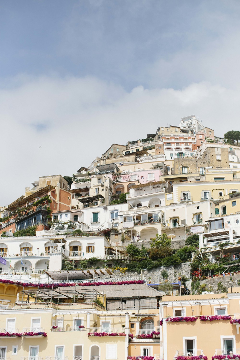 The buildings and houses of the Amalfi Coast are built right into the cliffs. Positano wowed us with its beautiful colors.