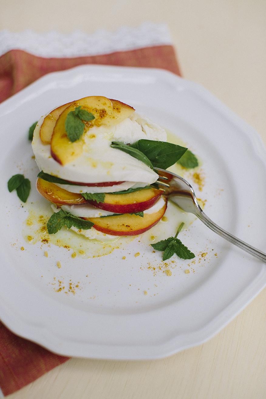 Peach Caprese Salad _ Lauren Carnes Photography1_4.jpg