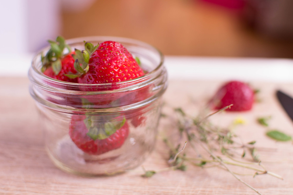 Pot de Creme Strawberries