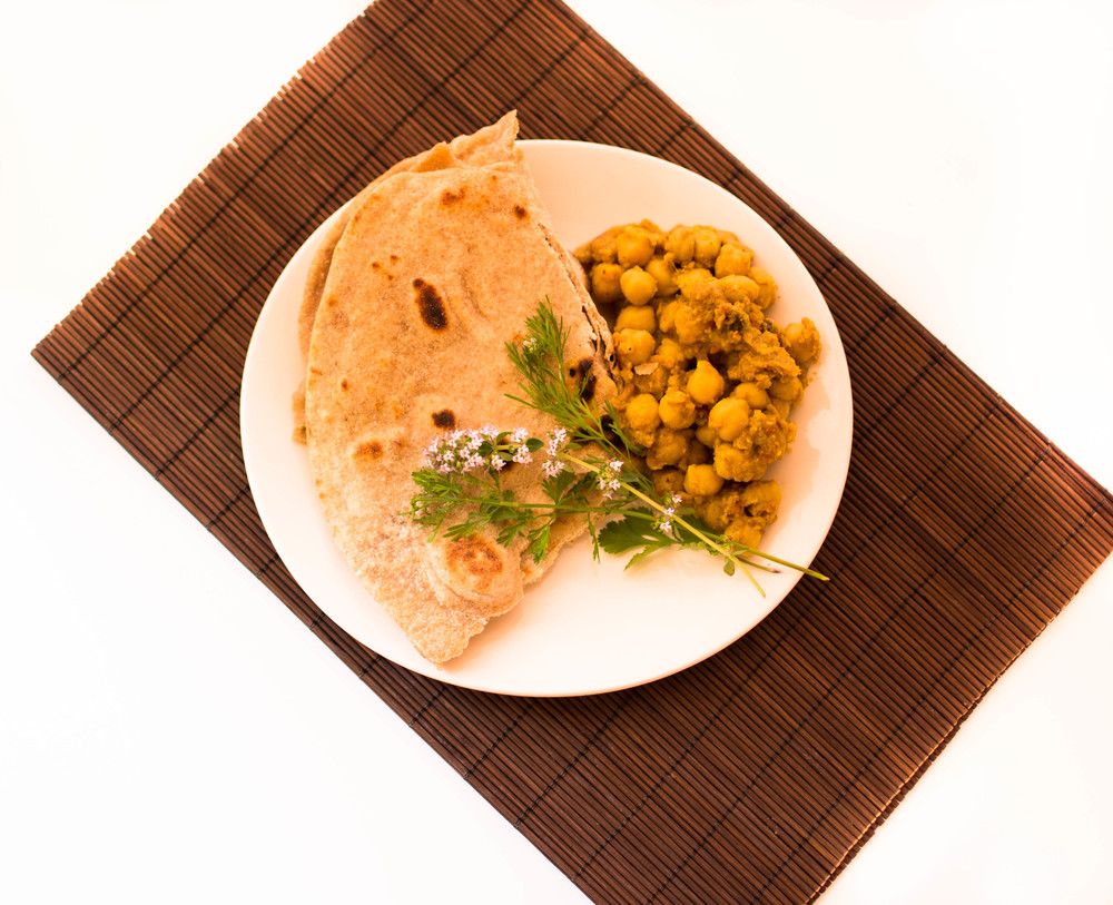 Buttermilk Roti with Khatte Chole (Sour Chickpeas)