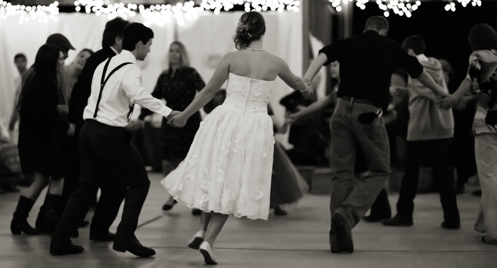 Wedding_SquareDancing11BrideinFront_10132012.jpg