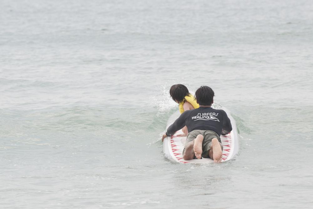 ILM_SurfersHealing2014_Surfing48_8182014-thumb.jpg
