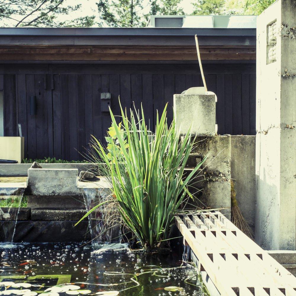 Durham_Namu_Garden_Fountain3_9212017.jpg