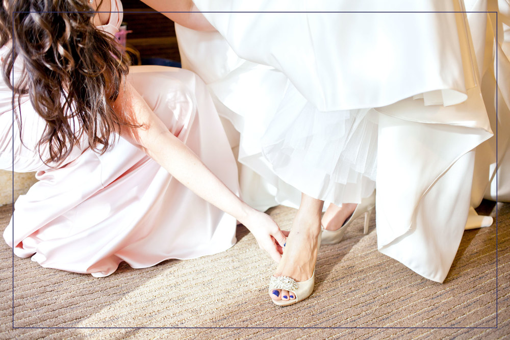 teresa-valencia-photography-scottsdale-plaza-resort-wedding-getting-ready.jpg