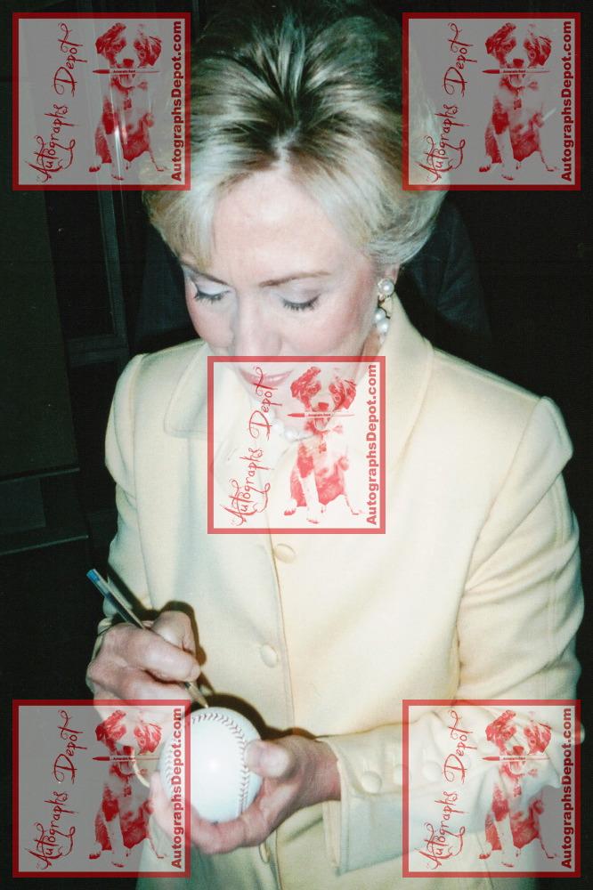 The Clintons 2.jpg