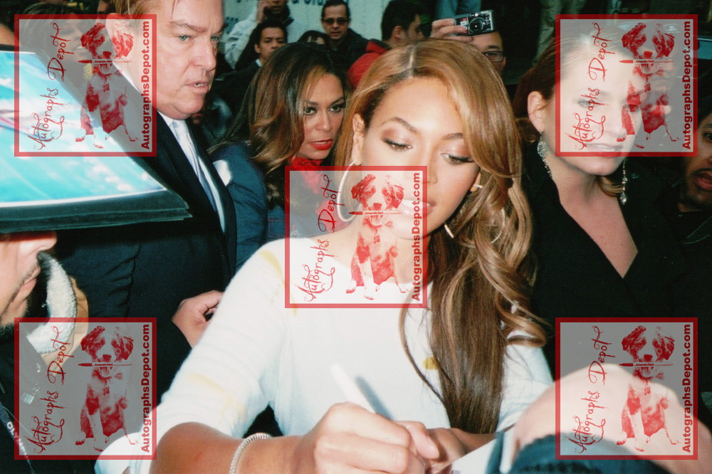 Beyonce - 7937.jpg