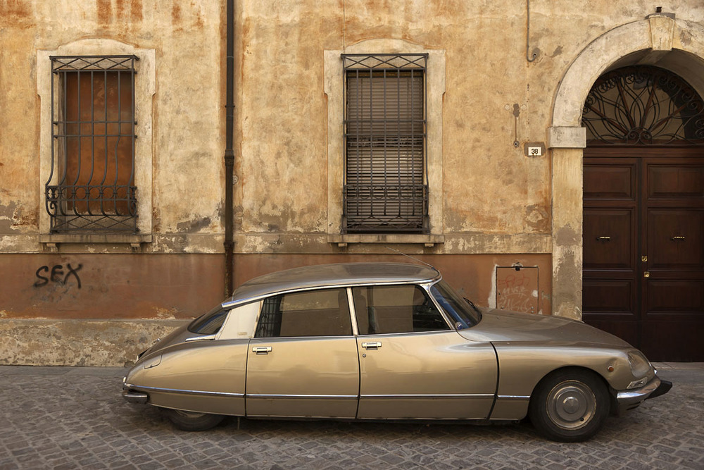 Citroen DS, Ravenna.jpg