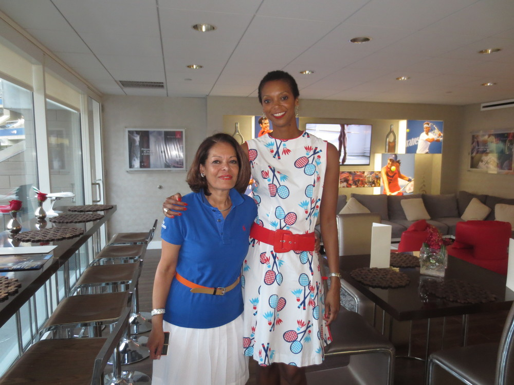 With Naira Sourial of Emirates.  (I sure do look tall.)
