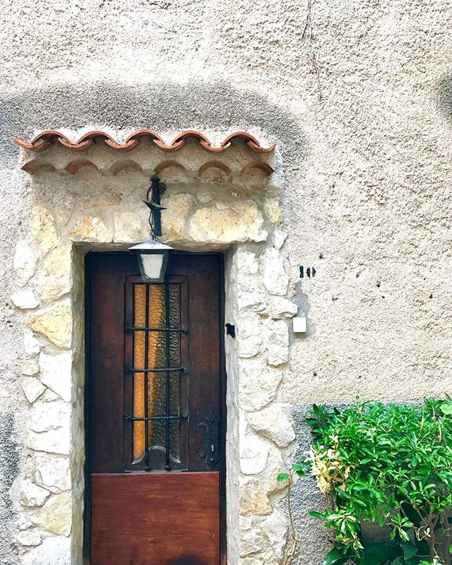 Doorway to fantasyland! ... ... ... #eze #cotedazur #ezevillage #frenchriviera #southfrance #france #door #fairytale #dreamland #europe #travel #travelgram #travelphotography #travelandleisure #instatravel #photography #photooftheday #picoftheday #bbctravel #lonelyplanet #condenast #natgeotravel #yourshot #natgeoyourshot