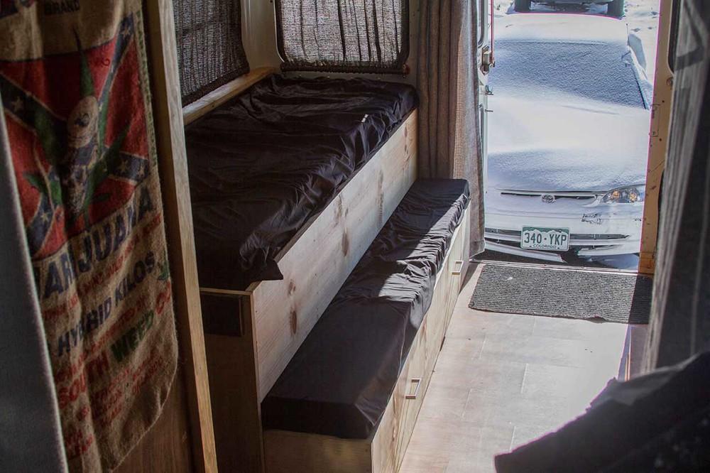 InteriorBus-7.jpg