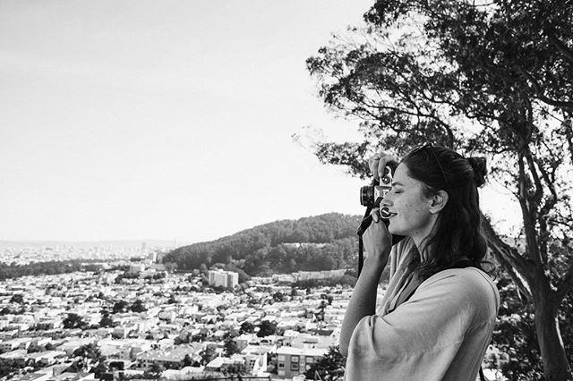 Sunday hikes and film photography ✨ ⠀ .⠀ Photo by @kyra.bailey ⠀ .⠀ .⠀ .⠀ .⠀ #creativedirection #photoshoot #inspiration #bloggerlife #behindthescenes #inspired #communityovercompetition #filmphotography#exploresanfrancisco #creativedirector #photography #passions #brandphotographer #sanfranciscobrandphotographer