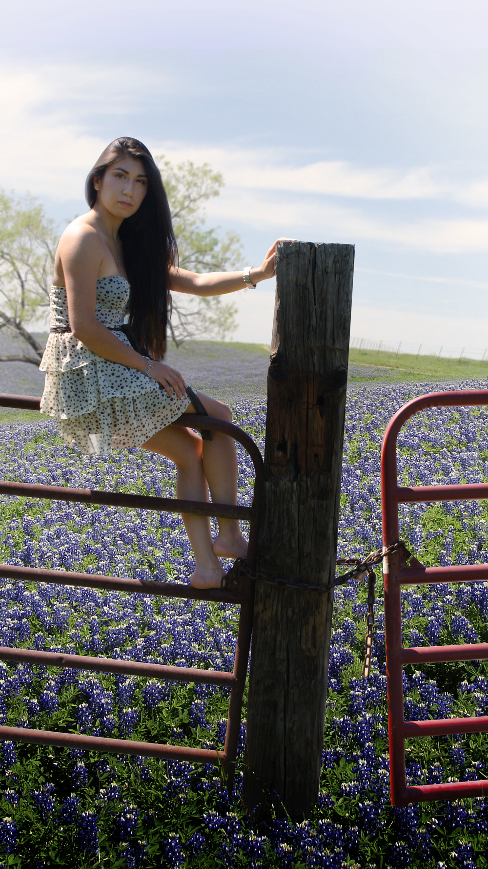 Stephanie-in-bluebonnet-field.jpg