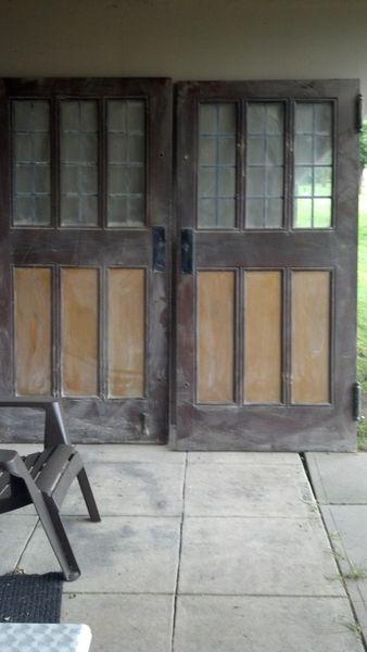 frontdoors.jpg