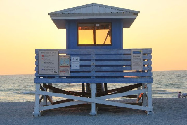 lifeguardpost.jpg