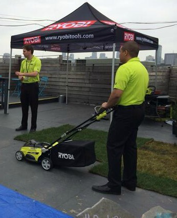 The handle folds in to make the lawn mower easy to carry around and great for storing  ( picture from Ryob i)
